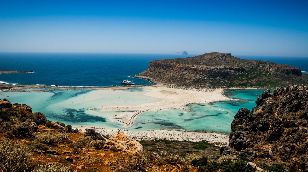 Rent a car to explore Crete