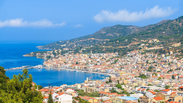 Rent a car to explore Samos