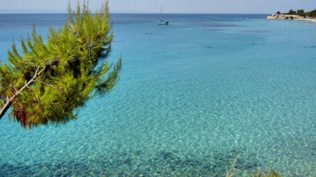 Rent a car to explore Vatopedi in Chalkidiki